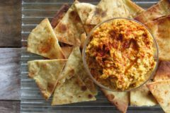 Pumpkin hummus with flatbread